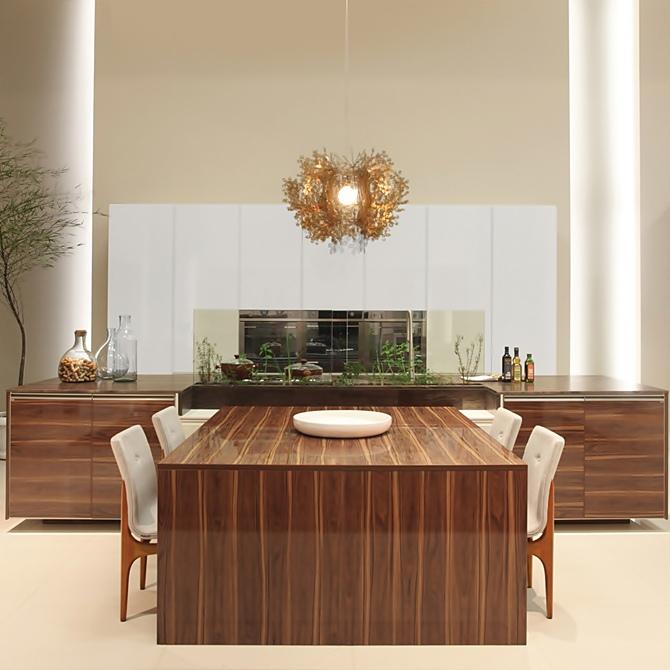 Cozinhas com pé-direito alto