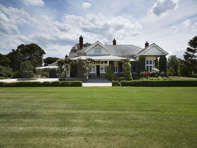 Charming Country House by Greg Natale - Tempo da Delicadeza