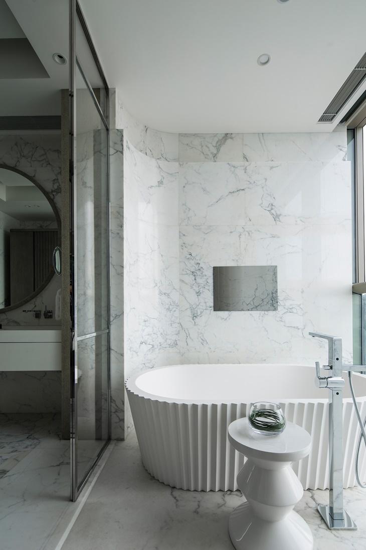 Kelly Hoppen - Bathroom