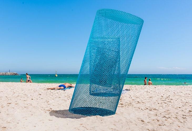 Masayuki Sugiyama, Blue Cylinder Revolution, Sculpture by the Sea, Cottesloe 2017. Photo Richard Watson