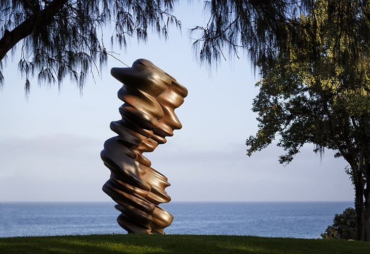 Tony Cragg, Luke, Sculpture by the Sea, Cottesloe 2017. Photo Jessica Wyld